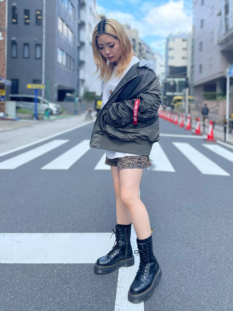 ALPHA SHOP渋谷店のmoe さんのALPHAのMA-1 NATUSを使ったコーディネート