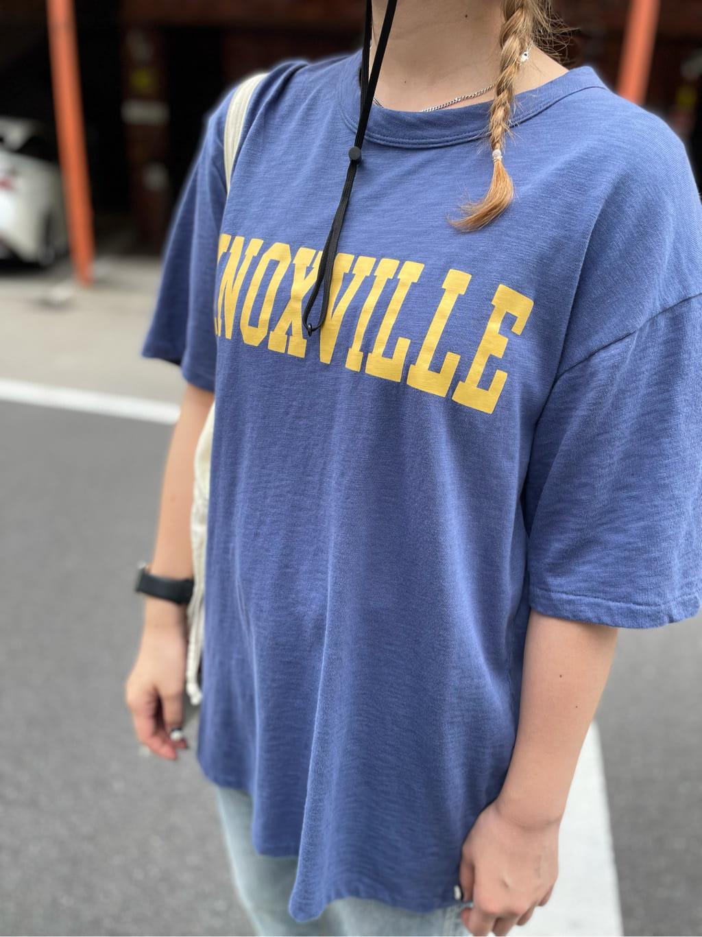 ALPHA SHOP渋谷店のmoe さんのALPHAの【再値下げSALE】KNOXVILLE ビンテージプリントTシャツを使ったコーディネート