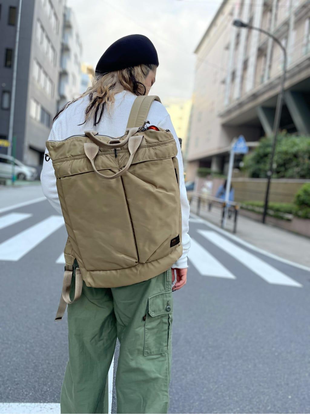 ALPHA SHOP渋谷店のmoe さんのALPHAのワッフル ヘンリーネックネックTシャツ 長袖を使ったコーディネート