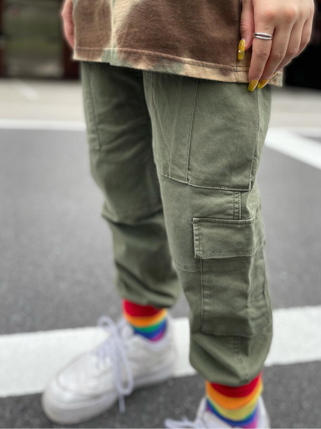 ALPHA SHOP渋谷店のmoe さんのALPHAの【ALPHA×GRAMICCI(グラミチ)】ACUタイプカーゴパンツを使ったコーディネート