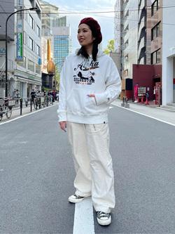 ALPHA SHOP渋谷店のmoe さんのALPHAのLOONEY TUNES スウェットパーカーを使ったコーディネート