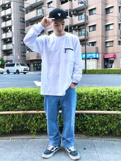 日暮里駅前店のシュンイチさんのEDWINの【SPRING SALE】F.L.E ZIPポケット ロングスリーブTシャツを使ったコーディネート