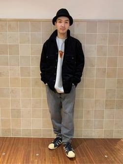 日暮里駅前店のシュンイチさんのEDWINのA KIND OF BLACK TAPERED テーパードパンツを使ったコーディネート