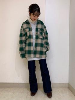 Lee アミュプラザ博多店のRenaさんのLeeの【さらっと羽織れる】シャツジャケットを使ったコーディネート