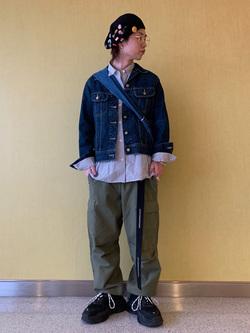 成田空港店(閉店)のSyoutaさんのLeeの終了【シークレットセーール!!】DUNGAREES カーゴイージーパンツを使ったコーディネート