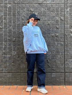 大阪店のAYAHOさんのLeeのビッグフィット トレーナー/スウェットを使ったコーディネート