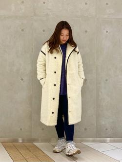 大阪店のAYAHOさんのLeeの【寒い冬もあたたかい】ロングボアジャケットを使ったコーディネート