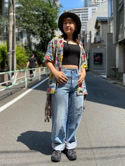 ALPHA SHOP渋谷店のn a n a s a さんのALPHAの【再値下げSALE】総柄 レーヨンオープンカラーシャツを使ったコーディネート
