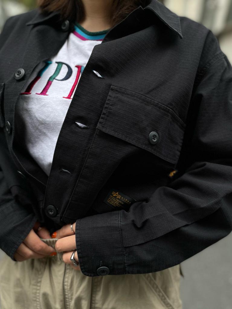 ALPHA SHOP渋谷店のn a n a s a さんのALPHAのミリタリーオーバーシャツを使ったコーディネート