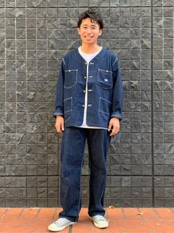 大阪店のmineさんのLeeの【着回し力抜群】ノーカラー デニムジャケットを使ったコーディネート