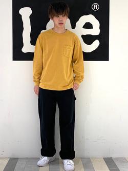 Lee 名古屋店のKazumaさんのLeeの【ガレージセール】【男女兼用】ルーズシルエット ロングTシャツ/刺繍ロゴ/胸ポケットを使ったコーディネート