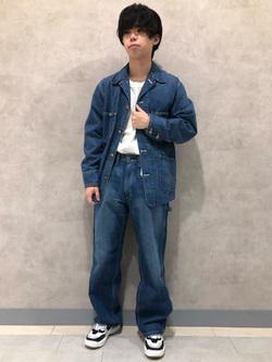 Lee 名古屋店のKazumaさんのLeeのワンポイントロゴ刺繍ポケット付きTシャツ/長袖を使ったコーディネート