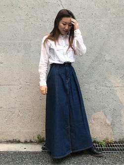 Lee アミュプラザ博多店のNanamiさんのLeeのマキシスカートを使ったコーディネート