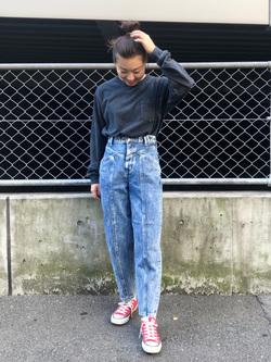 Lee アミュプラザ博多店のNanamiさんのLeeの【Pre sale】【男女兼用】ルーズシルエット ロングTシャツ/刺繍ロゴ/胸ポケットを使ったコーディネート