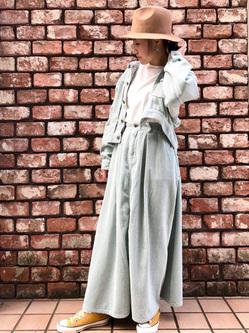 Lee アミュプラザ博多店のNanamiさんのLeeの【セットアップ対応】STANDARD WARDROBE COWGIRL ロングスカート(コーデュロイ)を使ったコーディネート