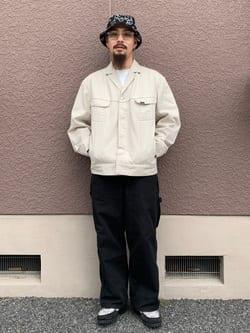 ルクア大阪の番場 祐太郎さんのLeeの【ユニセックス】DUNGAREES ペインターパンツを使ったコーディネート