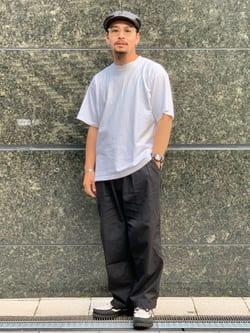 LINKS UMEDA店の番場 祐太郎さんのEDWINの【SALE】ツータック チノ クロップドを使ったコーディネート