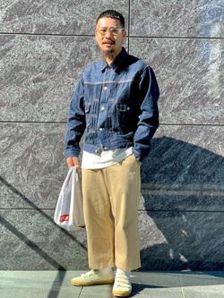 LINKS UMEDA店の番場 祐太郎さんのEDWINの505 チノ ワイドストレートを使ったコーディネート