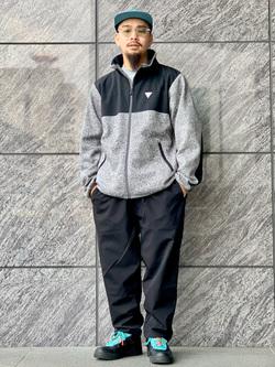 LINKS UMEDA店の番場 祐太郎さんのEDWINの【再値下げ Winter sale】F.L.E ワイド テーパードを使ったコーディネート