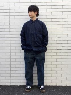 TOKYO HARAJUKU店のSHUさんのEDWINの【コンセプトショップ限定】B.D SHIRTSを使ったコーディネート