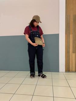 札幌パセオ店のPinanchosuさんのLeeの【オールシーズン着回せる】オーバーオール テーパードを使ったコーディネート