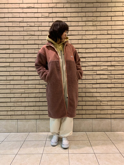 札幌パセオ店のPinanchosuさんのLeeの【再値下げ Winter sale】【ユニセックス】【着回し力抜群】フリース コートを使ったコーディネート