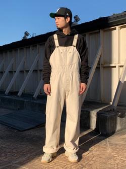 ルミネエスト新宿店のYukiyaさんのLeeの【年間ベストセラー】オーバーオールを使ったコーディネート