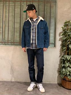 ルミネエスト新宿店のYukiyaさんのLeeのチェックオープンカラー 長袖を使ったコーディネート