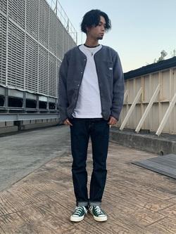 ルミネエスト新宿店のYukiyaさんのLeeの【ユニセックス】【やわらかフリース】ノーカラージャケットを使ったコーディネート