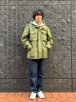 大阪店のスミタさんのLeeの【Winter sale】【ヘビーウエイト】プリントパーカー2を使ったコーディネート