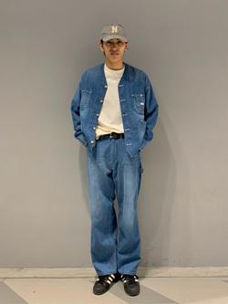 大阪店のスミタさんのLeeの【ユニセックス】バッグロゴ 半袖Tシャツを使ったコーディネート