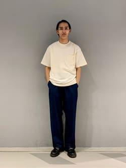 大阪店のスミタさんのLeeの【SALE】【ユニセックス】バッグロゴ 半袖Tシャツを使ったコーディネート