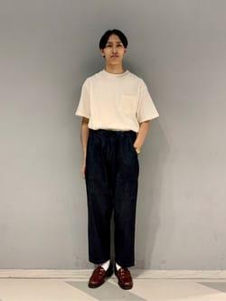 大阪店のスミタさんのLeeの【SALE】【ストレスフリーな穿き心地】ラクして決まる イージーワイドパンツを使ったコーディネート