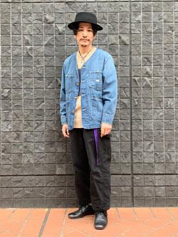 大阪店のサカモトヒロシさんのLeeの扱いなしクルーネック ニットを使ったコーディネート