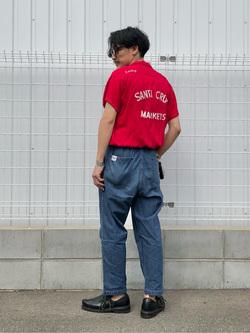 大阪店のサカモトヒロシさんのLeeの【ストレスフリーな穿き心地】ラクして決まる イージーワイドパンツを使ったコーディネート
