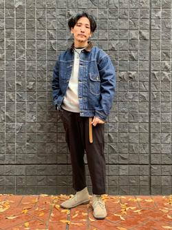 大阪店のサカモトヒロシさんのLeeの【トップス15%OFFクーポン対象】クルーネックスウェット 長袖を使ったコーディネート