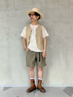 大阪店のサカモトヒロシさんのLeeの【Lee×GRAMICCI(グラミチ)】バックプリント 半袖Tシャツを使ったコーディネート