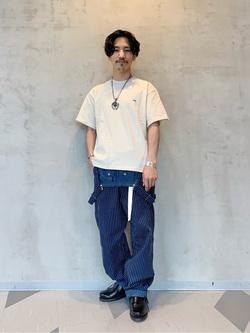 大阪店のサカモトヒロシさんのLeeの【鹿の子素材】ワンポイント 半袖Tシャツを使ったコーディネート