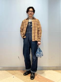 大阪店のサカモトヒロシさんのLeeのオープンカラー チェック柄シャツ/長袖を使ったコーディネート