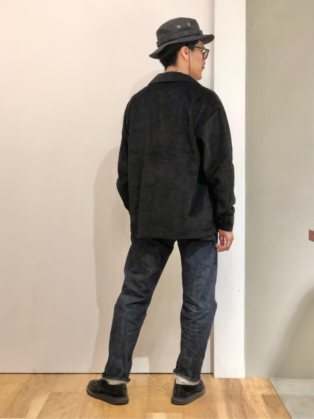LINKS UMEDA店のサカモトヒロシさんのALPHAのアドベンチャーハットを使ったコーディネート