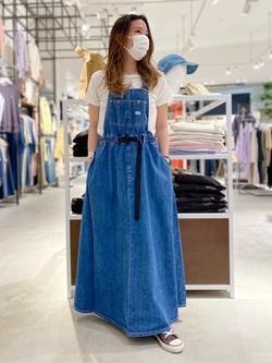 西宮ガーデンズ店のMisakiさんのLeeの【予約】【Lee×GRAMICCI(グラミチ)】オーバーオール スカート【7月下旬頃発送予定】を使ったコーディネート