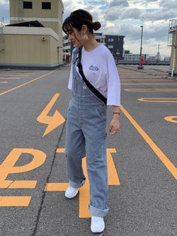 アミュプラザおおいた店のYurinaさんのLeeの【年間定番&ベストセラー】オーバーオールを使ったコーディネート