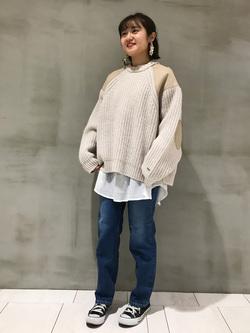 アミュプラザおおいた店のYurinaさんのLeeの【Pre sale】ミリタリー パッチワークセーターを使ったコーディネート