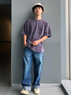 Lee アミュプラザ博多店のTaigaさんのLeeの【SALE】【ユニセックス】バッグロゴ 半袖Tシャツを使ったコーディネート