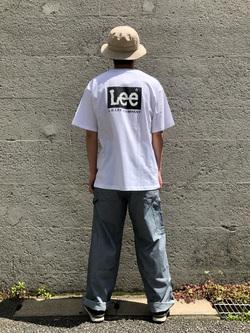 Lee アミュプラザ博多店のTaigaさんのLeeの【ユニセックス】バックプリント 半袖Tシャツを使ったコーディネート
