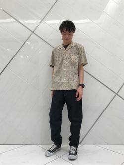 熊本COCOSA店のhironoriさんのLeeの終了【シークレットセーール!!】オープンカラーシャツ 半袖(プリント柄)を使ったコーディネート