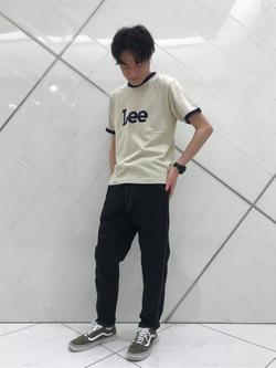 熊本COCOSA店のhironoriさんのLeeの終了【再値下げ!サマーセール】70s ロゴリンガーTシャツ 半袖を使ったコーディネート