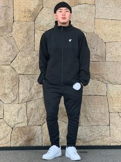 LINKS UMEDA店の数斗さんのEDWINの【再値下げ Winter sale】F.L.E ジョガーパンツ (フリースニット)を使ったコーディネート