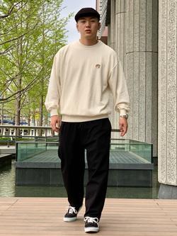 LINKS UMEDA店の中川 数斗さんのEDWINのEDWIN x POCORUTE POCOCHIRU スウェットを使ったコーディネート
