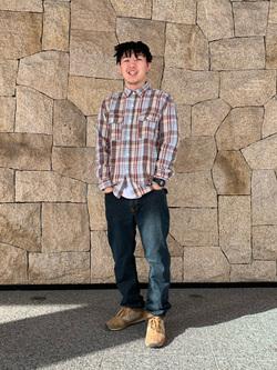 LINKS UMEDA店の中川 数斗さんのEDWINの【おうち時間応援セール】ウォッシュド ワークシャツ 長袖(チェック)を使ったコーディネート